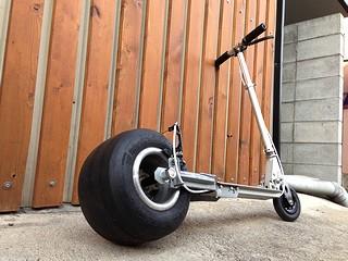 タイヤ 交換 ボード キック おすすめの子ども用キックボードは?折り畳み式やタイヤが光るタイプも!